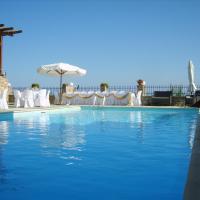 Yalis Hotel, ξενοδοχείο στη Βότση