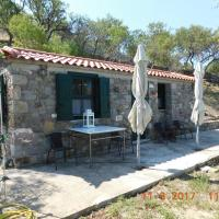 Stone cottage for couple, ξενοδοχείο στο Θάνο