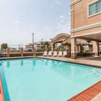 Baymont by Wyndham Galveston, hotel in Galveston