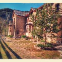 Refugi Quatre Cases, hotel in Clot del Moro