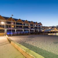 Dolphin Quay Apartments, hotel in Mandurah