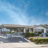 Ramada by Wyndham Monterey, hotel in Monterey