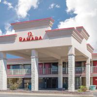 Ramada by Wyndham Edgewood Hotel & Conference Center, hotel in Edgewood