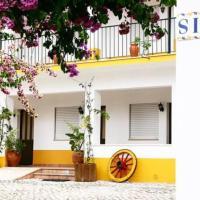 Costa Brava Alojamento, hotel in Benedita
