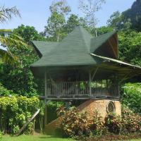 Cottage at the Sea and Jungle