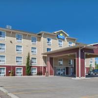 Days Inn & Suites by Wyndham Cochrane, hotel em Cochrane