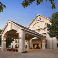 Days Inn & Suites by Wyndham Cedar Rapids, hotel in Cedar Rapids