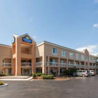 Days Inn & Suites by Wyndham Warren