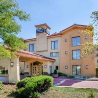 Days Inn & Suites by Wyndham Arlington Heights, hotel in Arlington Heights