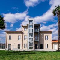 Ostello La Salana, hotel a Capannori