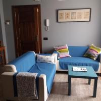 Apartamentos Turísticos EL Duende de Carricuende, hotel in Puente-Almuhey