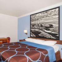 Super 8 by Wyndham Willits, hotel in Willits