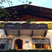 Joinville Hostel & Pousada, hotel near Joinville-Lauro Carneiro de Loyola Airport - JOI, Joinville