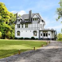 Luxury Holiday Home in Balmoral with Jacuzzi