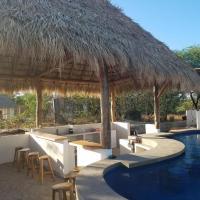 Waves & Dreams Hotel & Swim Up Bar