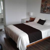 Auberge le Parasol, hotel em Saguenay