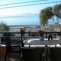 Summer Dreams Luxury Apartment, hotel in Barbati