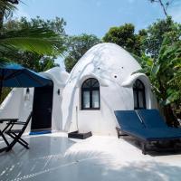 Moonlight Resort, hotel in Koh Rong Sanloem