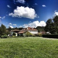 La Casona de Amandi, hotel in Villaviciosa