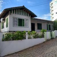 Opa Haus - Pousada & Hostel