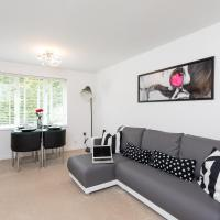 Park View- 2 bed self contained apartment close to East Surrey Hospital