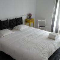 Vasco Santana Guesthouse