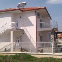 Krapce - Lake View Apartments, hotel in Star Dojran