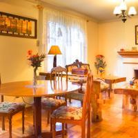 Homestay In Chile B&B, hotel en Curicó