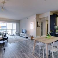 One Bed/1Bath + Private Balcony WALK TO BEACH