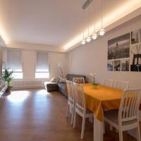 Nuovissimo e luminoso appartamento centro Pordenone, hotell i Pordenone