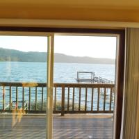 Overlooking clearlake from the living room, hotel in Clearlake