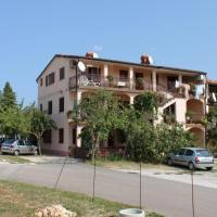 Apartments with a parking space Umag - 7073