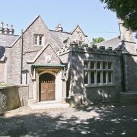 Woodfield Manor Apartment
