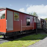 The Guards Van, hotel in Occold