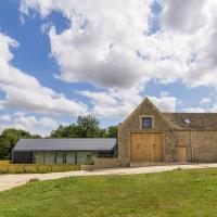 The Cotswold Barn, hotel in Ampney Crucis