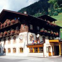 Pension Kröll, hotel in Sankt Jakob in Defereggen