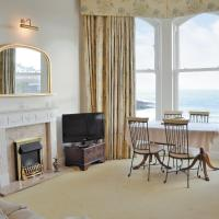 Clifton Court Apartment, hotel in Cregneish