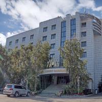 Tygyn Darkhan Hotel, отель в Якутске