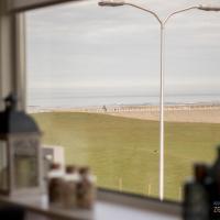 Appartement Zee en Duinzicht 78, hotel in Katwijk aan Zee