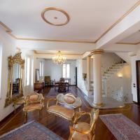 Villa Puccini Bed & Breakfast, hotell i Lecco
