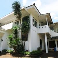 Sri Manganti Guest House, hotel in Jakarta