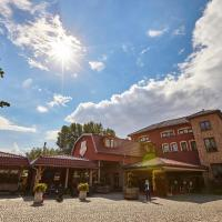 Oławian Hotel, hotel in Oława