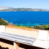 Casa Azzurra Villaggio Est, hotel a Capo Coda Cavallo