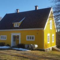 Det Gule Huset Hurdal, hotel in Hurdal