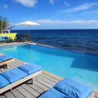 Scuba Lodge & Suites, hotel em Willemstad