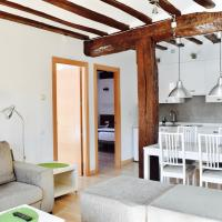 Apartamentos Turísticos Rincones del Vino, hotel en Ezcaray