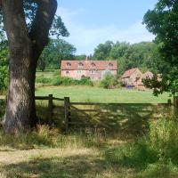 Grove Farm B&B, hotel in Newnham