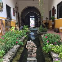Hotel San Miguel Arcangel, hôtel à Izamal