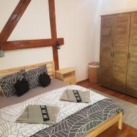 Apartament Eminescu 1, hotel in Mediaş