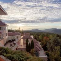Villa Eyrie Resort, hotel em Malahat